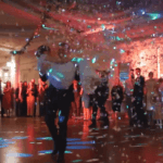 Zabawny i efektowny Pierwszy Taniec z gośćmi weselnymi w choreografii Tomka Rachwalskiego